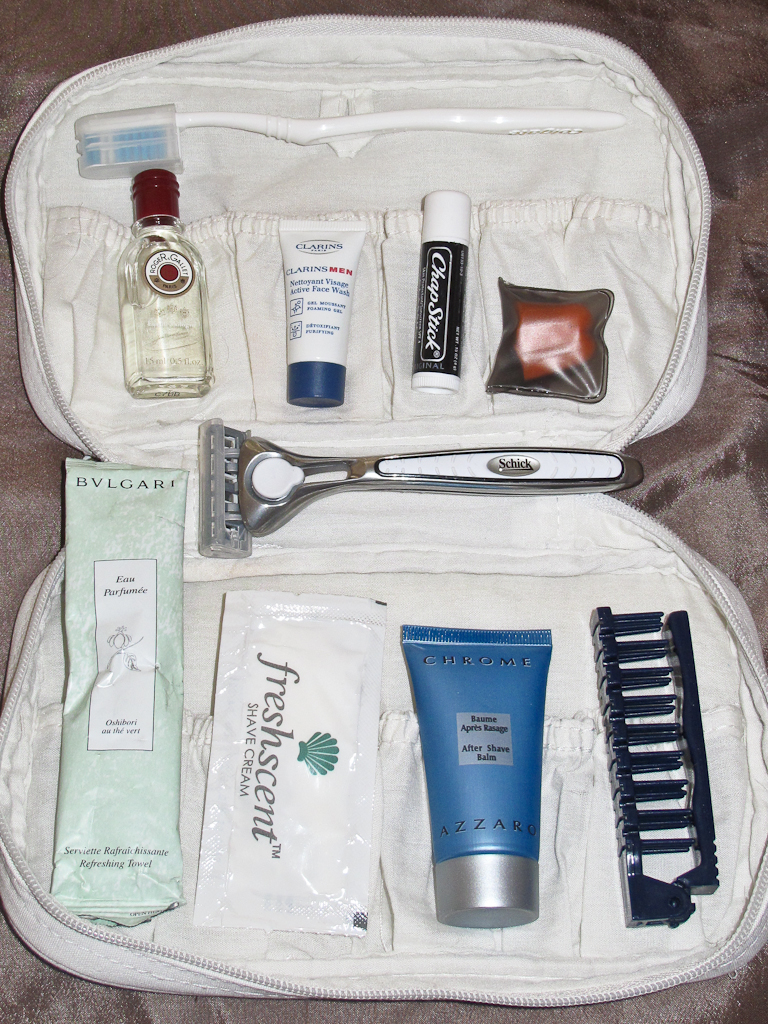 Create a luxury amenity kit for your flight solutioingenieria Gallery